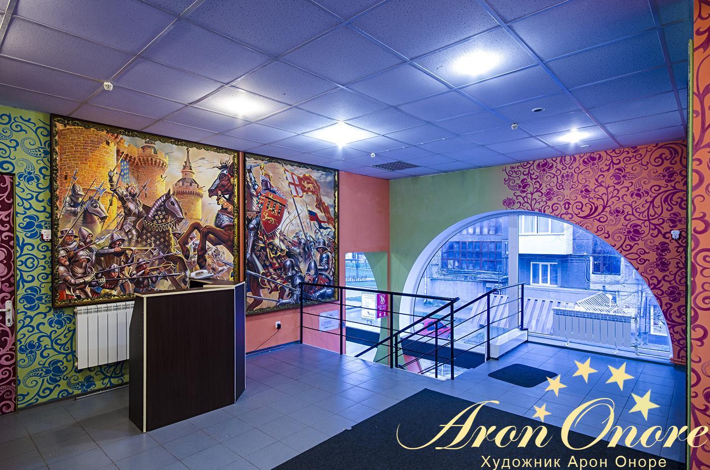 Уникальные рисунки на стенах в студии аэрографии Aron onore