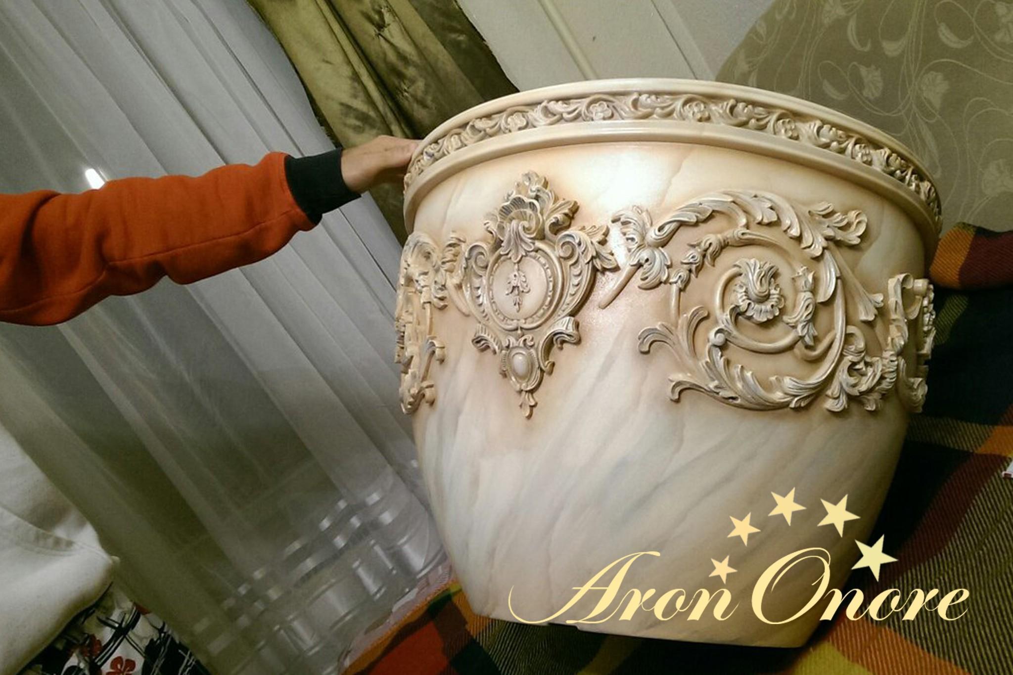 декорирование ваз Арон Оноре