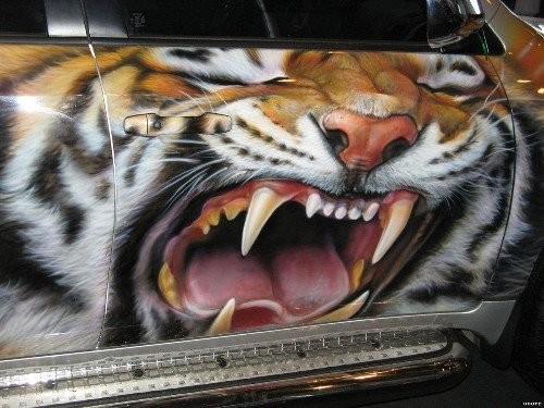 Аэрография на авто с тиграми