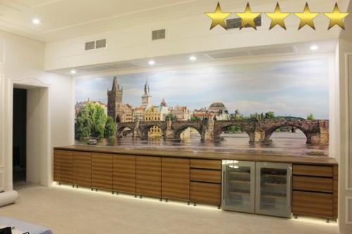 Городской пейзаж «Мост в Праге» (фреска на стену в гостиной)