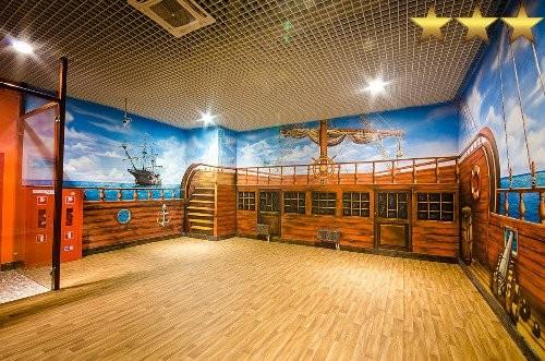 Роспись комнаты для празднования детских дней рождения