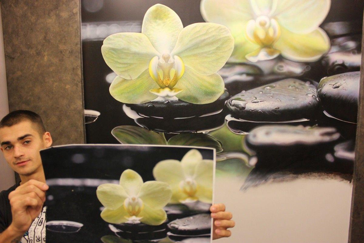 Фотореализм от художника Арон Оноре, сравнение эскиза с росписью на стене