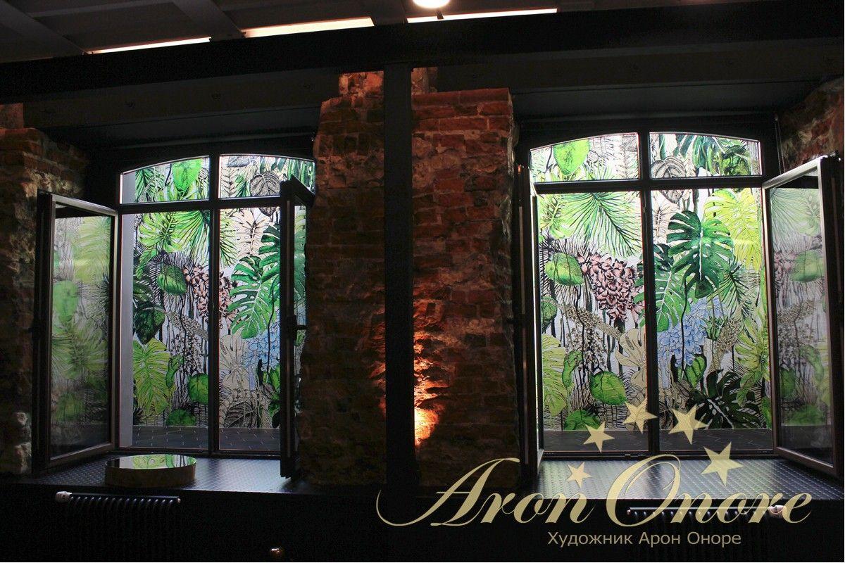 роспись на стене джунгли цокольный этаж