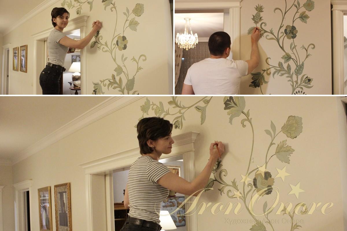 Художник Арон Норе и Юля рисуют орнамент