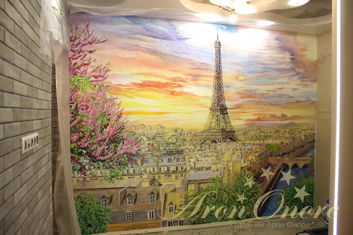 Роспись на стене башня Эйфелева