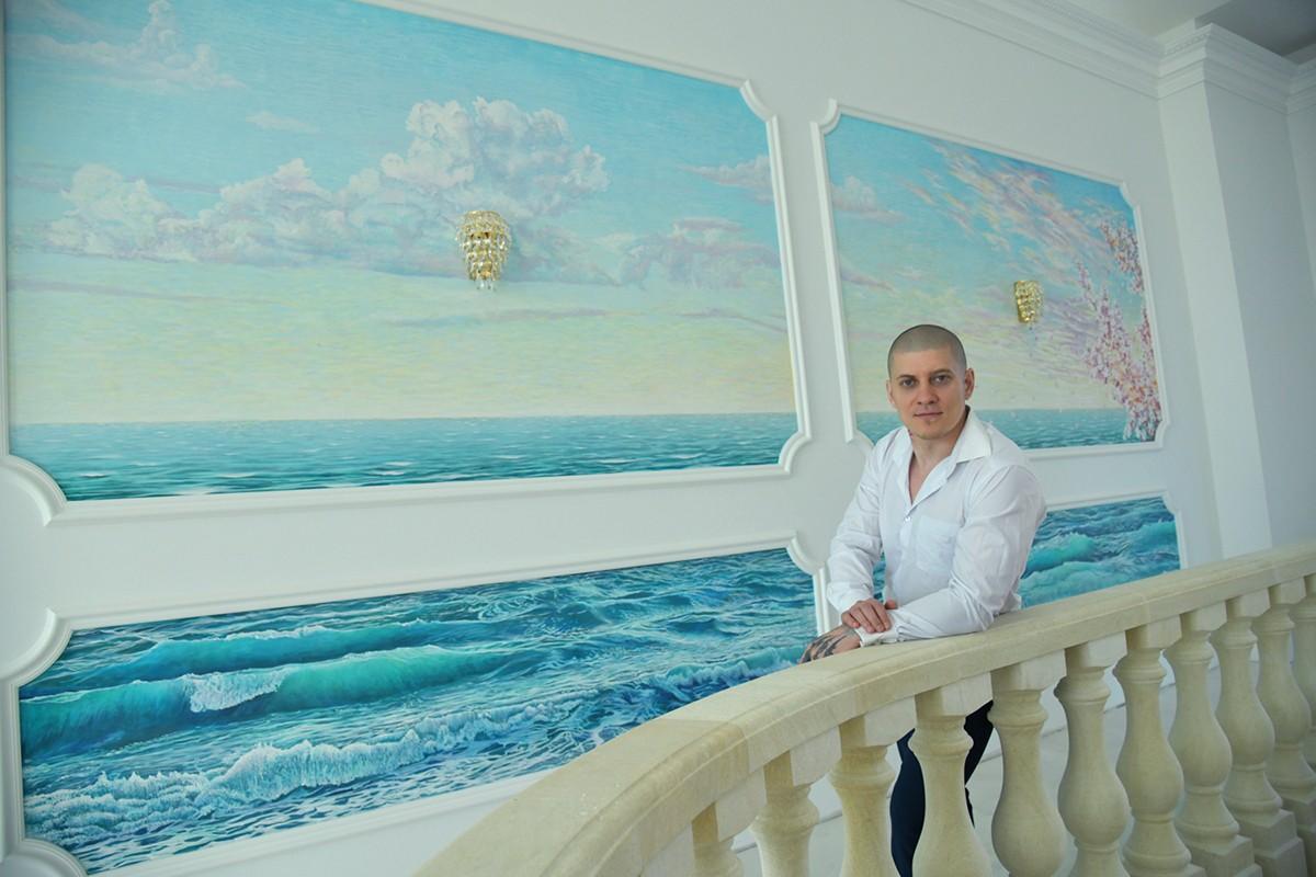 Роспись на стене, художник Арон Оноре
