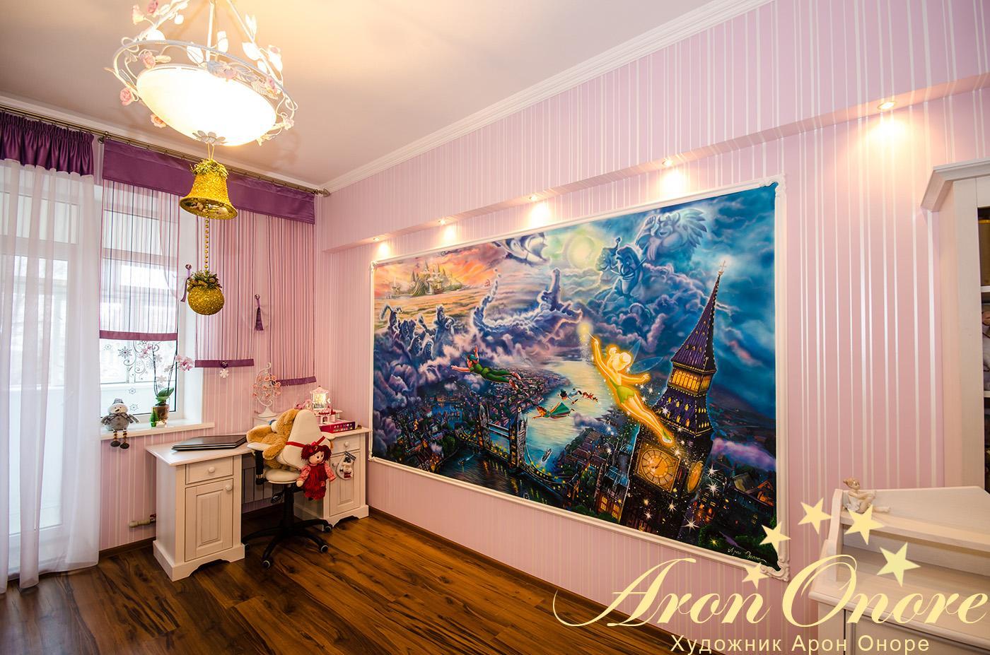 комната с лучшей фреской для интерьере на стене